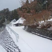 当館周辺(冬)