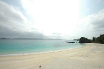 静かなビーチ