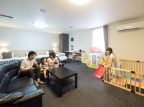 【特別ファミリールーム】■広さ55平米■ベッドは140cmダブルと110㎝と100㎝のシングル