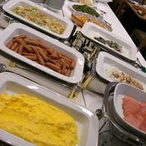 朝食ビュッフェ(一例)