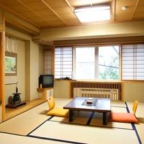 客室例:渓谷側和室10畳
