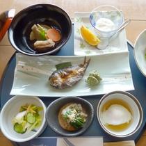 *【朝食一例】体に優しい和朝食ですっきりお目覚め♪