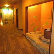 清流閣の廊下