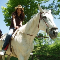 おとなしくてかわいい馬たちに会いに行こう!