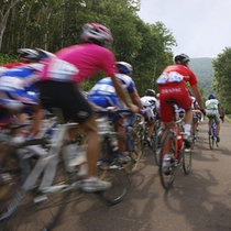 ニセコ地区では毎年たくさんのロードレースが行われます。