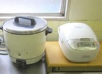 炊飯器(台所)