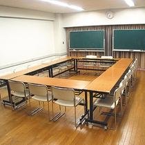 【会議室】各施設をご利用の場合は直接お問合せください。(有料