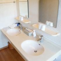 和室24畳 洗面台