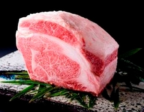 お料理イメージ(松阪牛の素材の良さを引き出したお料理を)