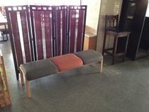会津在住の仏職人にリペアして生まれ変わった椅子です。