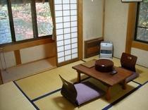 客室からの紅葉(11月9日撮影)