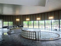 【内風呂】当館の泉質はいわゆる『美人の湯』、『美肌の湯』の一つで、肌に優しい温泉です。