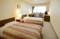 ツインルーム※ベッドの配置は写真と異なる場合がございます。