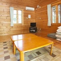 *【客室例】木の温もりが感じられるコテージとなっております。