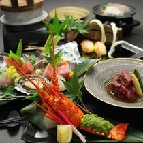 当館おすすめの上級コースです。伊豆の味覚、贅沢素材をお楽しみください。