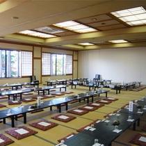 *館内宴会場/大小の宴会場を完備、各種お集まりに最適です。