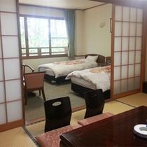 *和洋室一例/6畳の和室にツインベッドルーム。5名様まで宿泊可能。