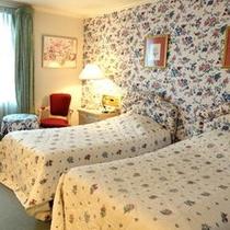 211号室Florence 26㎡ ツイン アメニティ ロクシタン
