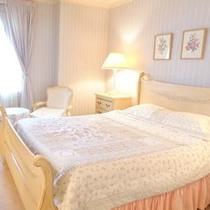 207号室Prince Edward Island 26㎡ ダブル アメニティ ロクシタン