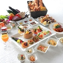 【THE DINING 暖琉満菜】ディナーバイキング メニュー例