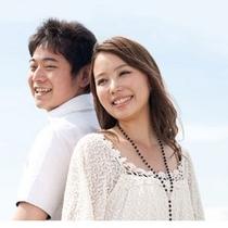 ふたりの距離を暖める沖縄旅行に。