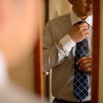 ネクタイ締めていってきます!