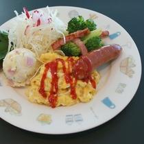 【朝食一例】パン食の洋風料理になります