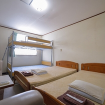 洋室(2段ベッドタイプ)