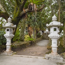 *周辺(川平観音堂)/観音堂は17世紀半ばに創建されたと伝えられています。