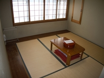 和室4.5畳+板縁付