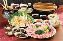 アグーと沖縄料理★大家(うふや~)(車で約15分)