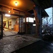 お宿の玄関