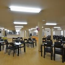 2Fレストラン会場(全200席)