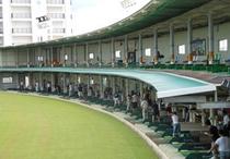 波の上ゴルフ練習場(近隣施設 徒歩5分)