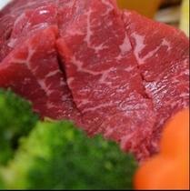国産牛。丁寧に育てられた国産牛を使用しています。食べてみてください<m(__)m>