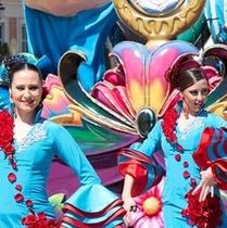 志摩スペイン村 情熱パレードは、異国情緒タップリだね! (*^^)v楽天500