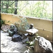 美肌の湯から見えるお庭。落ち着きます。<m(__)m>楽天500