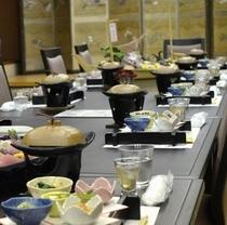 すずがねでの宴会の様子。テーブルと椅子を準備いたします。(^○^)楽天500