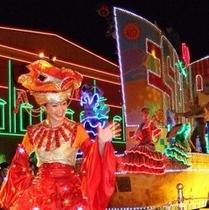 志摩スペイン村 夜のパレードも綺麗でしょ!(*^^)v楽天500