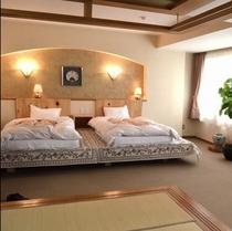 2F特別室(和洋室)。窓から日本庭園が見れるよ。<m(__)m>楽天500