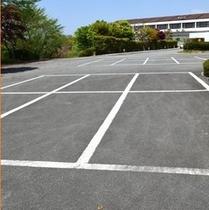 駐車場。平地の駐車場ですので、初心者、女性の方も安心して駐車できます。(*^。^*)楽天500
