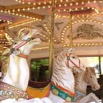 鈴鹿サーキット遊園地 白馬のメリーゴーランド!私の王子様(*^^)v楽天500