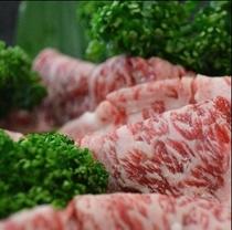 松阪牛すき焼き肉。プランや内容によって量が変わります。(^○^)楽天500