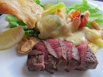 夕食一例【料理フェア】飛騨牛ヒレステーキ・ラクレット