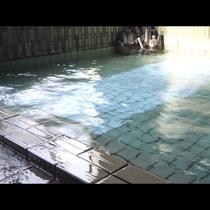 【お風呂】源泉100パーセントの湯野上温泉♪24時間いつでも何度でも入浴OK!