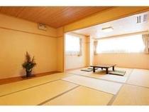2間続きの和室16畳(4〜8人)トイレ、洗面台付きで明るいお部屋です