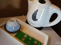 ポットとお茶セット
