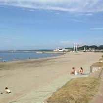 人気の鰺ヶ沢ビーチ