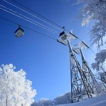 青森スプリング・スキーリゾート☆ゴンドラと美しい樹氷