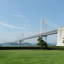 瀬戸大橋の絶景ビューポイント【瀬戸大橋記念公園】までは車で約20分